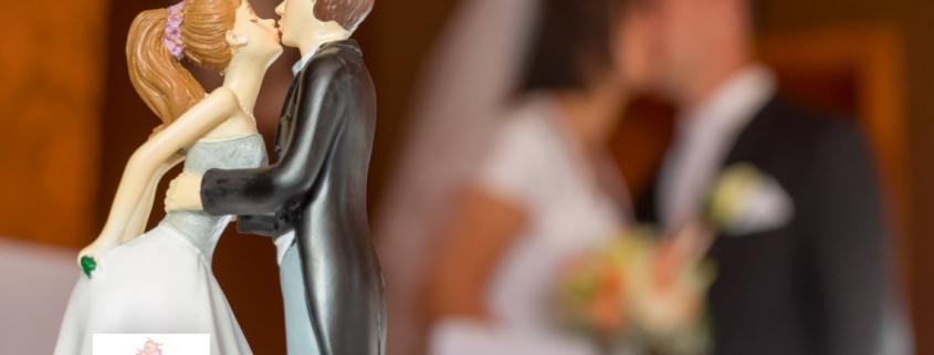 The secret of getting 'The Kiss' perfect. Rebecca Waldron. Civil Celebrant. Blog