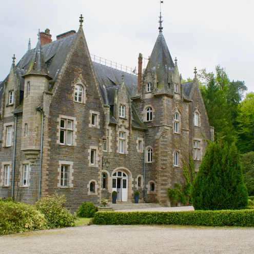 Chateau du Val, Brittany, France, White Rose Ceremonies, Wedding, Wedding Ceremony, Wedding Blessing, Celebrant