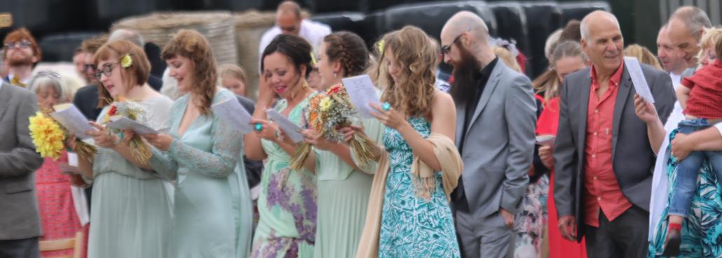 Rain, outdoor ceremony, Rebecca Waldron, White Rose Ceremonies, Celebrant