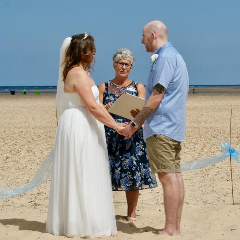 Beach Ceremony, Rebecca Waldron, White Rose Ceremonies, Celebrant