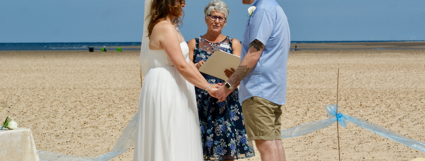 Beach Ceremony, Rebecca Waldron, White Rose Ceremonies, Celebrant