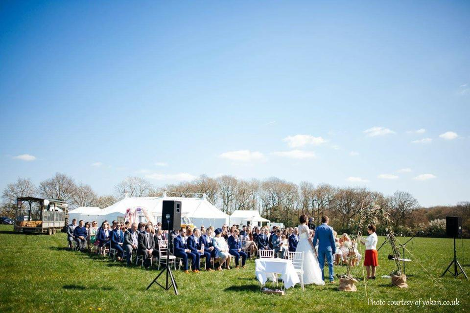 Outdoor Wedding Ceremony, wedding ceremony, celebrant, White Rose Ceremonies, Rebecca Waldron